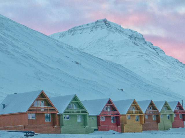 svalbard, longyearbyen, colored houses, high arctic